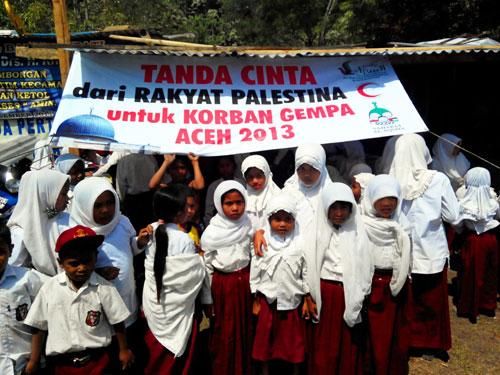Anak-anak pengungsi korban gempa di desa Bah, kecamatan Ketol, Aceh Tengah. foto: Sahabat Al-Aqsha