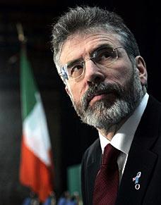 Gerry Adams, pemimpin partai Sinn Fein, Irlandia yang dilarang ke Gaza oleh penjajah Zionis Israel. foto: Daily Mail