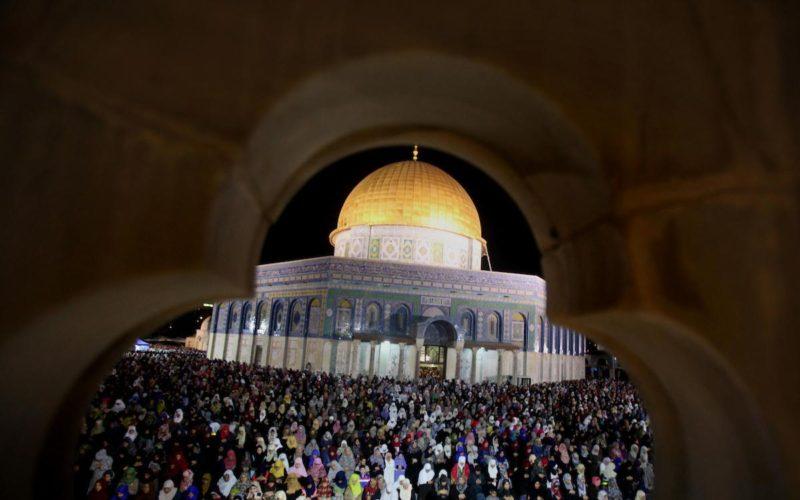 Qubbah Al-Sakhrah (Dome of the Rock) bagian dari kompleks Masjidil Aqsha di Baitul Maqdis terjajah. Foto: Mahfouz Abu Turk/Apa Images