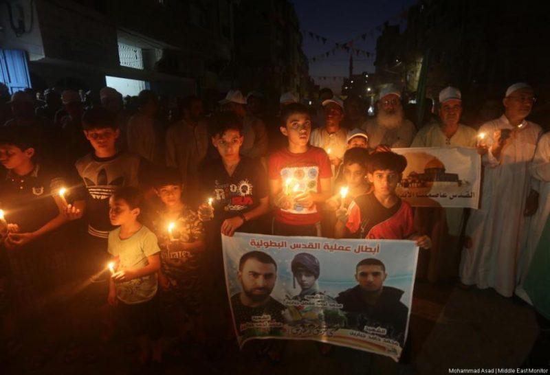 Warga Gaza melakukan aksi protes atas memburuknya kondisi ekonomi dan kemanusiaan di kawasan tersebut. Foto: Mohammad Asad