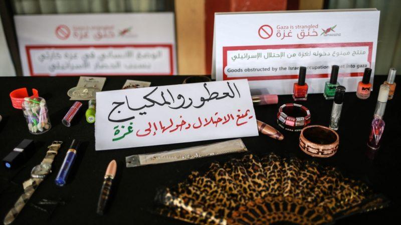 Alat-alat kecantikan, cat kuku, kain pel juga dilarang masuk ke Gaza. Foto: Hosam Salem/Al Jazeera