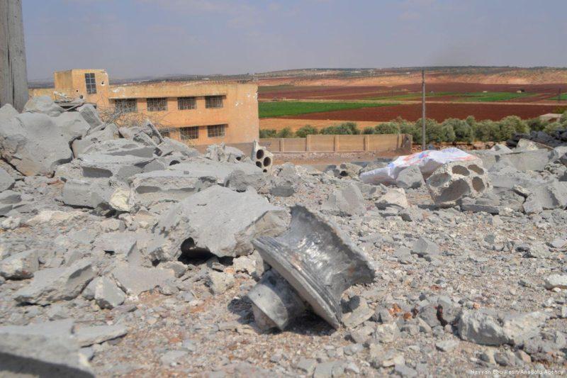 Sekolah dasar yang hancur akibat serangan udara di Idlib, Suriah, pada 21 September 2017. Foto: Hayyan Ebu Resit/Anadolu Agency