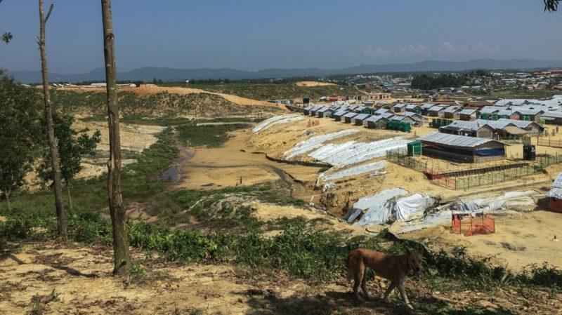 Kamp pengungsi Rohingya di distrik Cox's Bazar adalah salah satu yang terbesar di dunia. Foto: Malavika Vyawahare/Al Jazeera