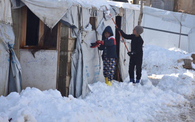 Kamp pengungsi Arsal di dekat perbatasan Suriah tertutup salju. Foto: Anadolu Agency/The Telegraph