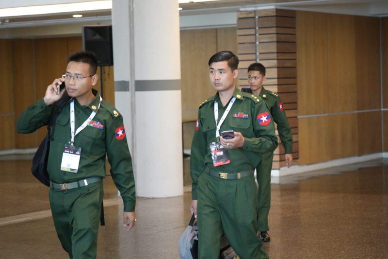 Perwakilan militer Myanmar di pameran ISDEF 2019 di Tel Aviv pada 4 Juni 2019. Foto: +972 Magazine