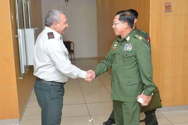 Panglima Tertinggi militer Myanmar Min Aung Hlaing, bertemu dengan Kepala IDF. Foto: Arsip Middle East Monitor