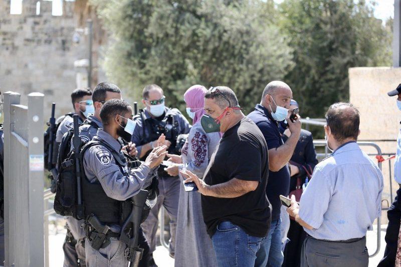 Serdadu zionis 'Israel' dikerahkan di depan gerbang Masjid Al-Aqsha, 25 September 2020 [Mostafa Alkharouf / Anadolu Agency]