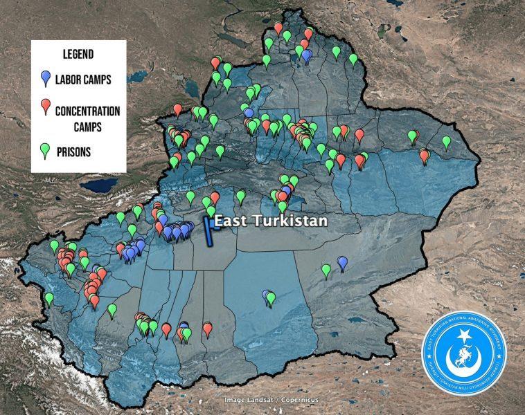 """Peta yang menunjukkan apa yang disebut """"kamp pendidikan ulang"""" untuk Muslim Uyghur di Xinjiang, yang sebelumnya dikenal sebagai Turkistan Timur. Sumber: East Turkistan National Awakening Movement"""